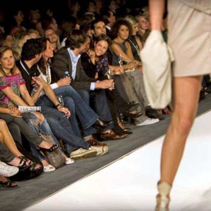fashion buyer job